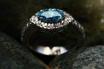 ring-2405145_640